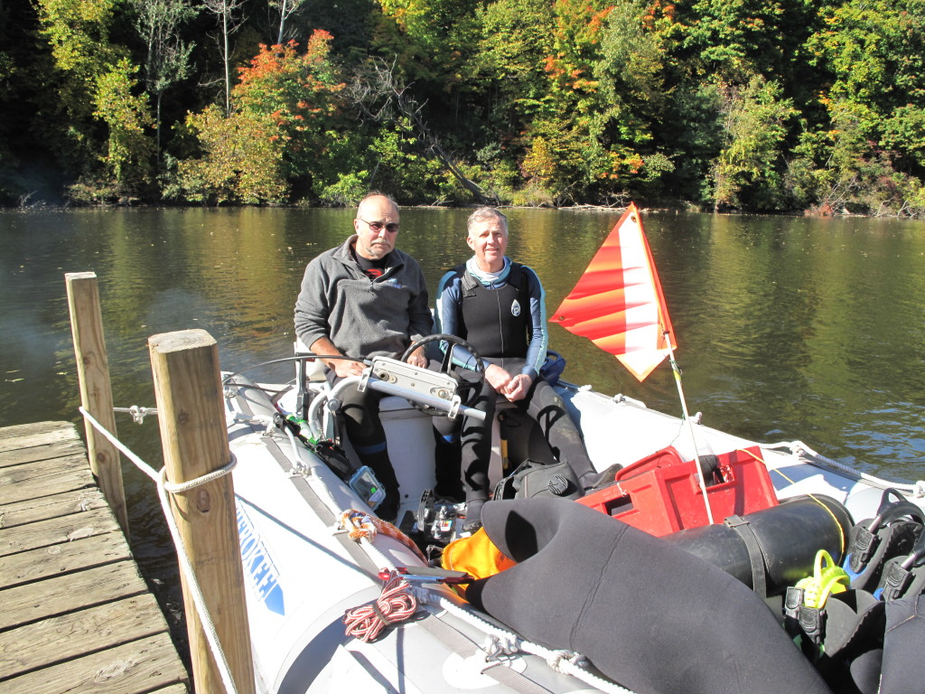 Beautiful day to dive the river.  Water temperature was 55 on the surface, visibility about 3 or 4 feet , and plenty of sunshine.