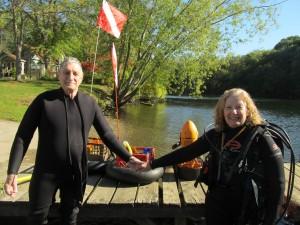 Sunny Sunday Spouse Dive  Day